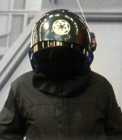Archivo:Deathstar gunner.jpg