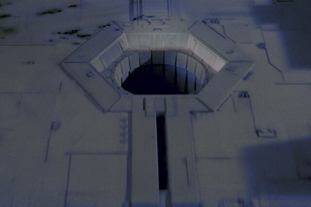 Archivo:Thermal exhaust port.jpg