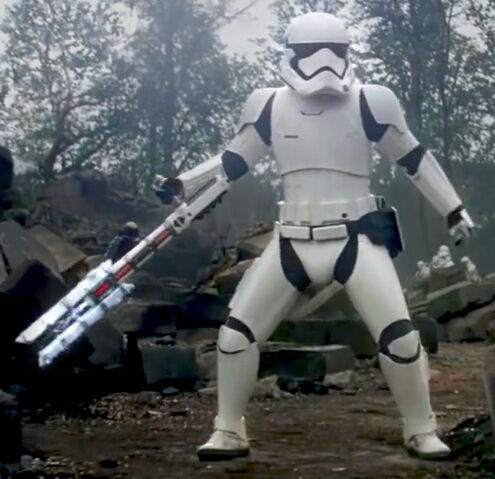 Archivo:FORCStormtrooper-trailer.jpg