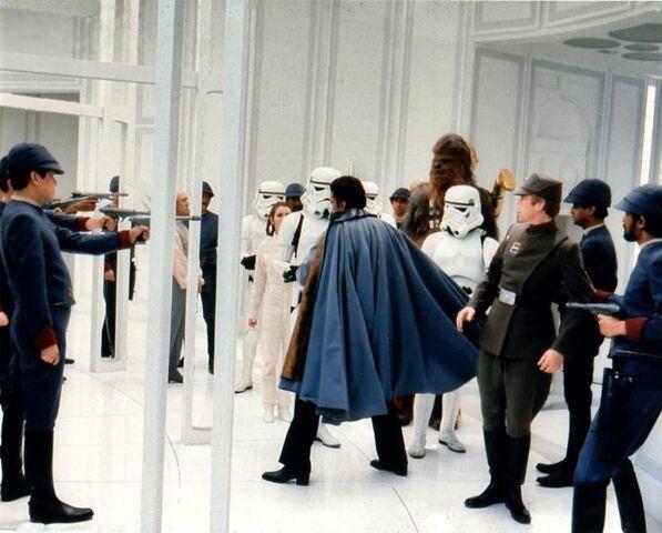 Archivo:Lando turns the tables.jpg