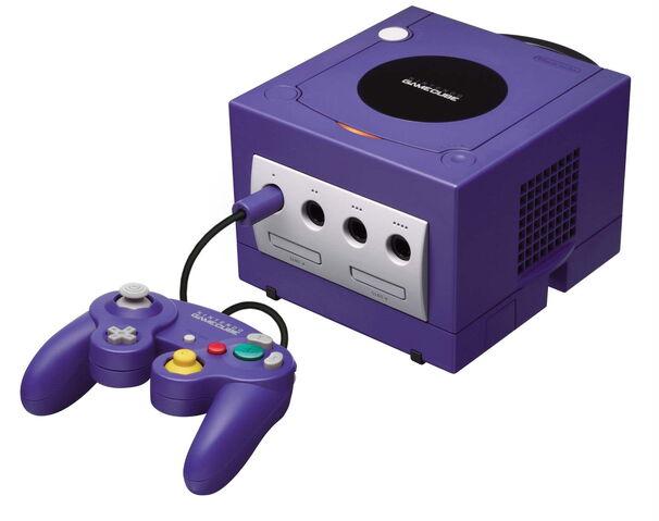 Archivo:Gamecube CONSOLE.jpg