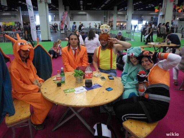 Archivo:Gamescom 2016 - Cosplay de pokémon.jpg