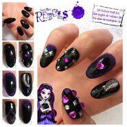 Facebook - Raven nails