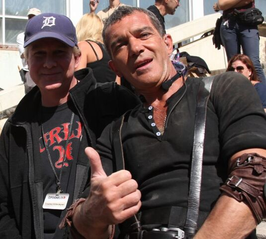 File:EX3- co-writer Creighton Rothenberger on-set with Antonio Banderas.jpg