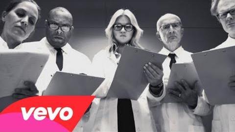 Kelly Clarkson - People Like Us