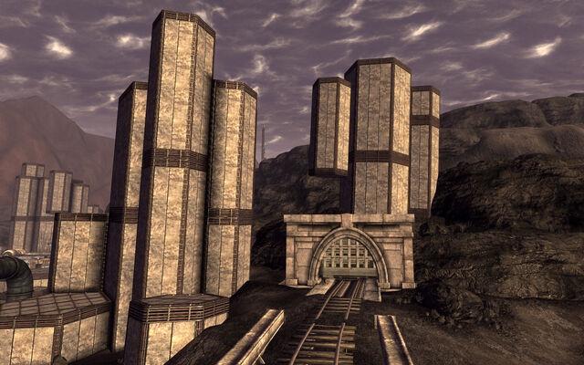 File:Big MT west tunnel.jpg