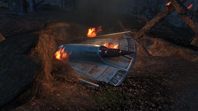 File:Crashed UFO at night.jpg