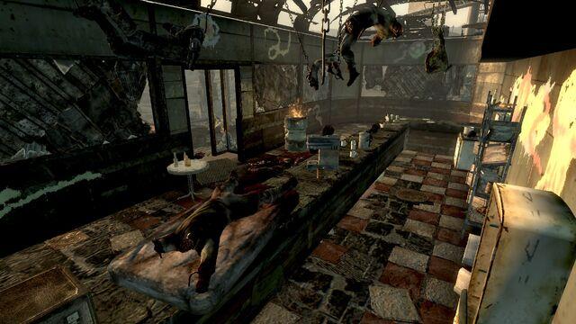 File:FO3 Grisly Diner interior.jpg