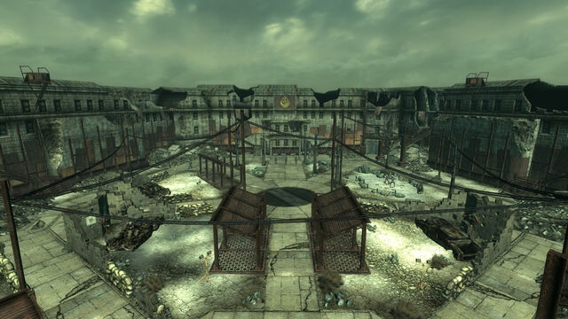File:Citadel courtyard.jpg