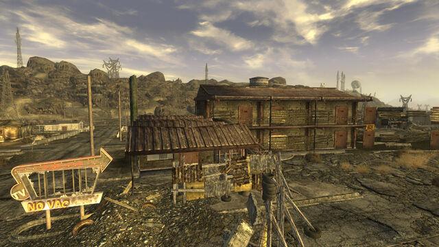 File:Dino Dee lite Motel.jpg