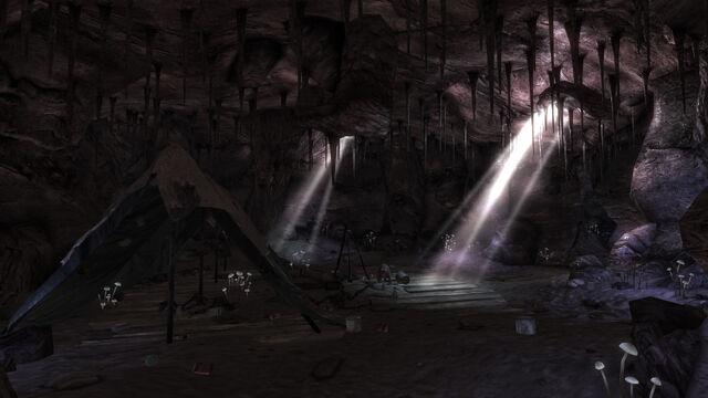 File:Sweet Flower Cave interior.jpg