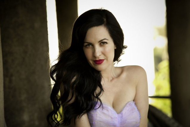 File:Grey DeLisle.jpg