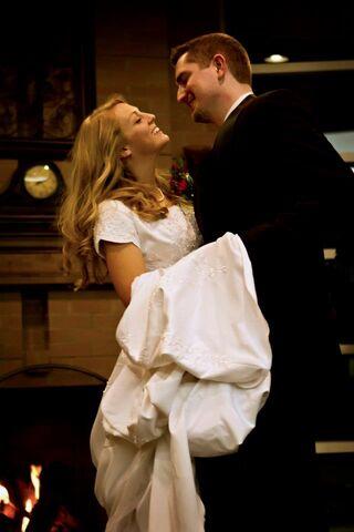File:Wedding Dance.jpg