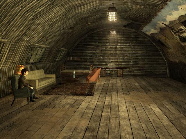 File:Nellis Boomer museum interior.jpg