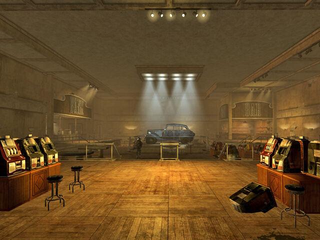 File:V&V Hotel interior.jpg