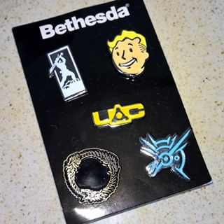 File:Promo pins.jpg
