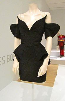 File-Thierry mugler dress