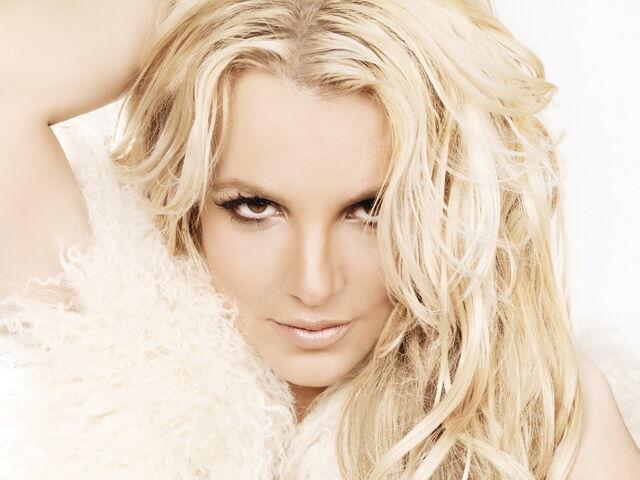 File:Britney-spears-wallpaper-2116.jpg