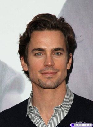 Eye-candy-matt-bomer-17