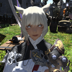 Y'shtola's new hairstyle and eye color in <i>Heavensward</i>.