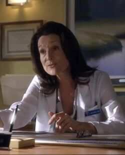 1x18 Dr. Candace Weaver