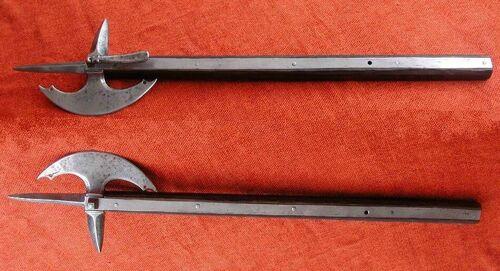 Horseman's axe
