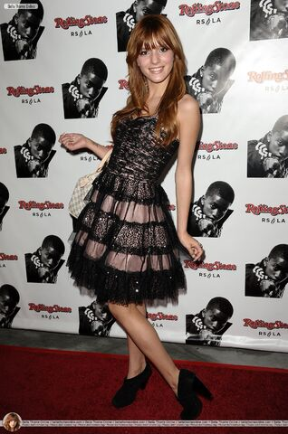 File:Bella-thorne-rolling-stone-event.jpg
