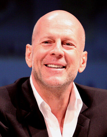 File:Bruce Willis by Gage Skidmore.jpg