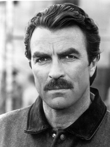 File:TOMSELLECK.jpg