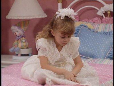 File:136-The-Heartbreak-Kid-full-house-12774399-400-300.jpg
