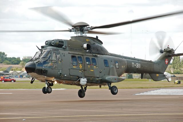 File:Swiss Air Force Super Puma arrives RIAT Fairford 10thJuly2014 arp.jpg