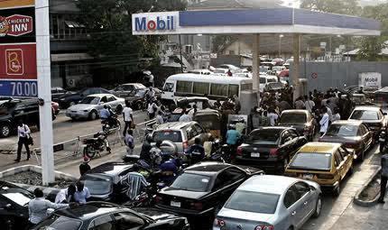 File:Fuel-queues.jpg