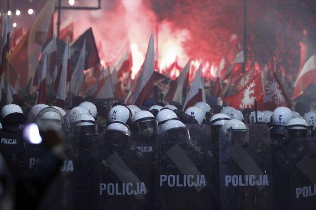 File:Poland Riots.jpg