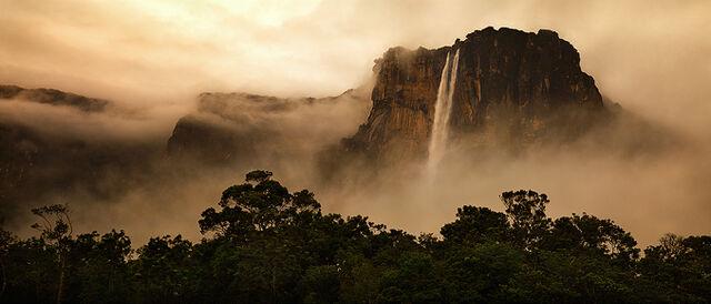 File:Angel Falls (large).jpg