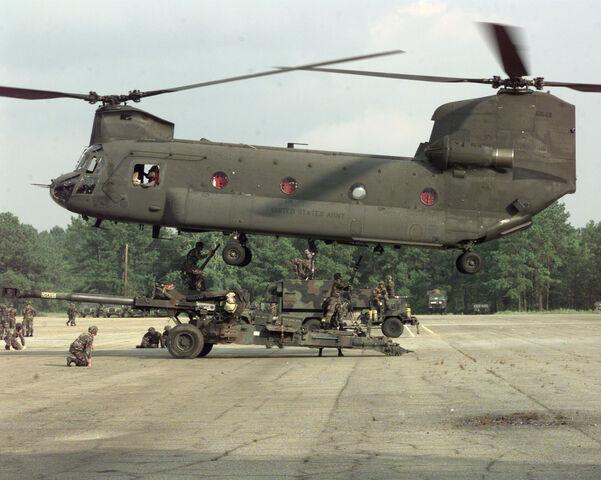 File:CH-47 2.jpg