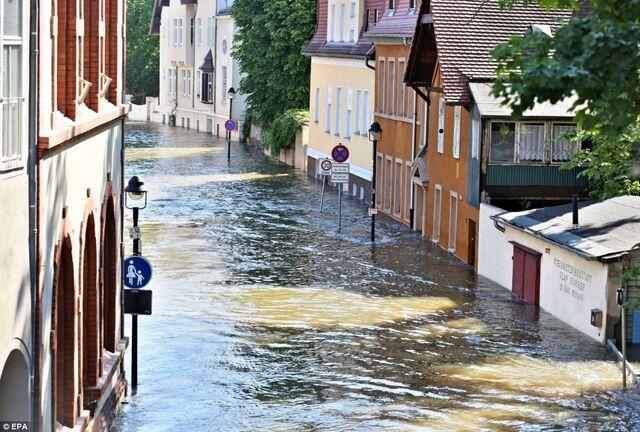 File:Flood-Amsterdam.jpg