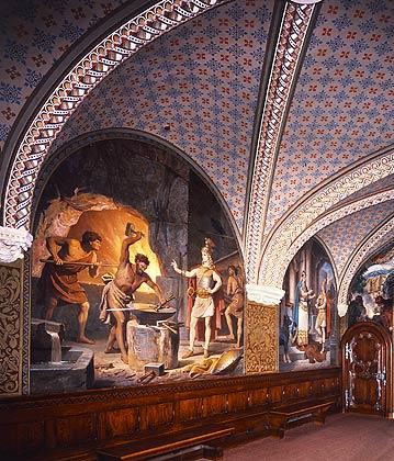 File:Neuschwanstein Lower hall real 1.jpg