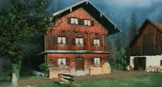 File:Forest hunting lodge exterior 1.jpg