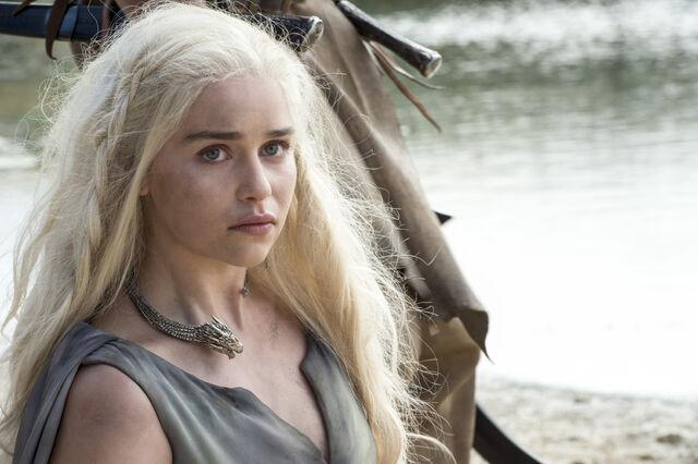 File:Game of Thrones Season 6 01.jpg