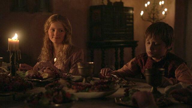File:Myrcella Tommen dinner with Sansa.jpg