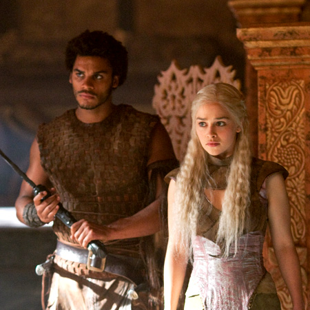 File:Daenerys and Kovarro 2x07.png