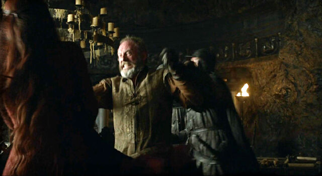 File:Davos Melisandre assassination S3 E1.jpg