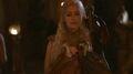 Daenerys and dragons 2x10.jpg
