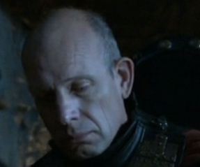 File:Lannister bannerman 2.png