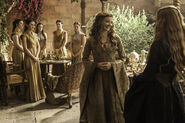 Margaery wearing Cersei style clothes in Season 5