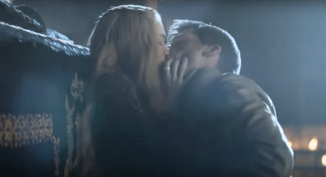 File:403kissing1.png