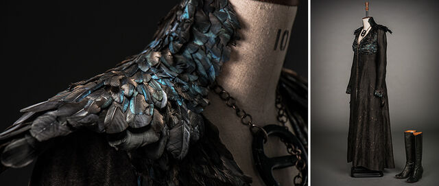 File:Dark Sansa costume behind the scenes.jpg