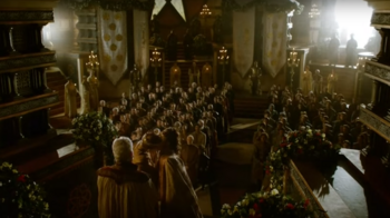 402 Margaery Joffrey wedding kiss