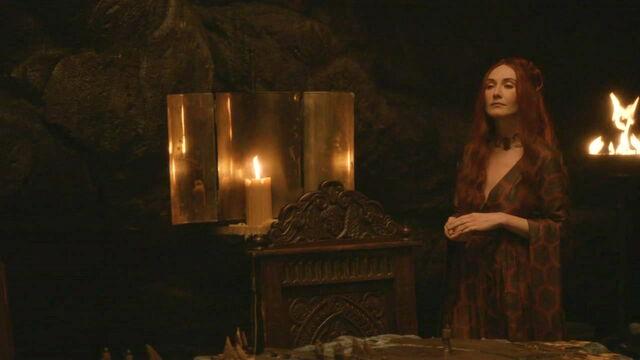 File:Melisandre Night Lands dress 1.jpg