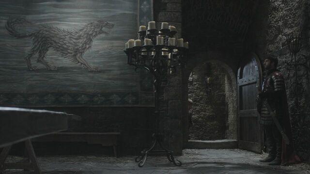 File:Winterfell direwolf tapestry.jpg
